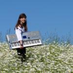 Wakacyjne granie, nauka gry na keyboardzie lub pianinie